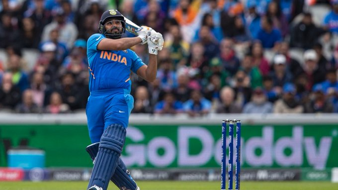 Happy birthday to Rohit Sharma,a master of the pull   ,