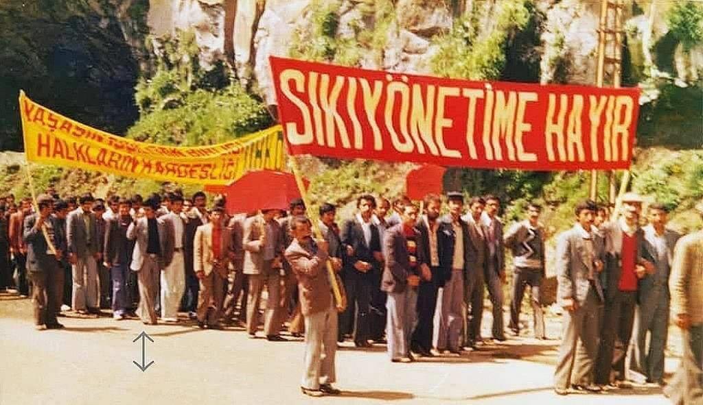 """Nimetullah Atal on Twitter: """"1 Mayıs 1979, Bitlis DDKD, Rizgarî, Özgürlük  Yolu gibi bir çok Kürt hareketinin Bitlis'te bir arada kutladıkları 1 Mayıs  İşçi Bayramından fotoğraflar... #1MAYIS İşçi Bayramı kutlu olsun. Emeğin"""