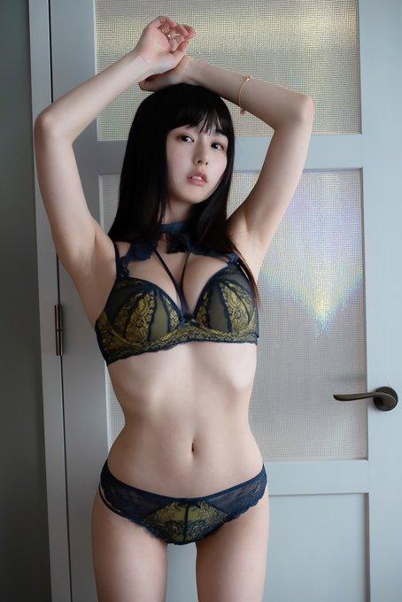 グラビアアイドルくりえみのTwitter自撮りエロ画像9