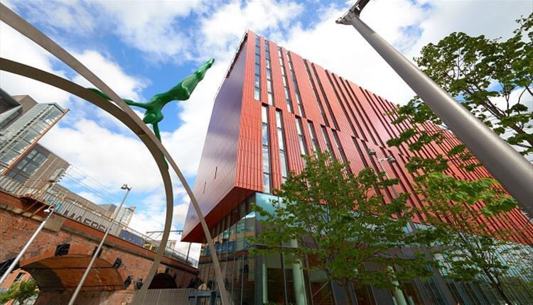 Happy 5th Birthday @InnsideMCR - I still feel privileged to be following some of the great individuals that have worked tirelessly to establish this hotel in #Manchester. There is much more to come!! #StayCurious #wewillbeback  #JustGettingStarted #Hotels #meliahotels https://t.co/Wg8M1Mwzmg