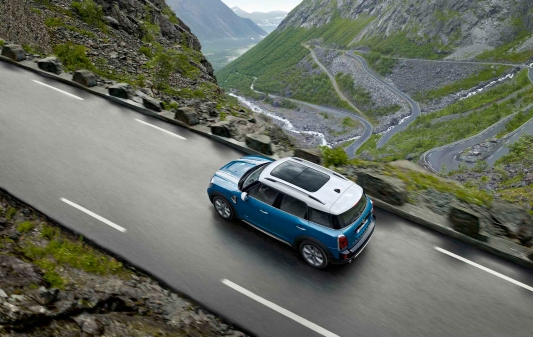 Reclaim the open road. #AddStories in the MINI Countryman.  Pre-book a safe and sanitised Test Drive in the MINI Countryman: https://t.co/XPxhDWsXo7  #TheMINIThings #FlattenTheCurve #WeAreMINI #MINIIndia https://t.co/II4T5szjpV