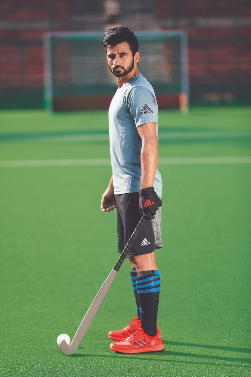 Ready to get back on the hockey field again! #hometeam #createdwithadidas @adidas #IndiaKaGame <br>http://pic.twitter.com/f4I8REHOwD