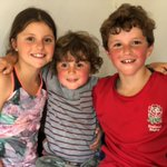 Charlie and his siblings are climbing the equivalent of Mount Everest on his stair case! Mount Everest is 8848m high so between them and their youngest brother Zac, whose 4, they have to climb their stairs (6m) 1475 times!! All to raise money for the NHS https://t.co/BAlCV5HbIF
