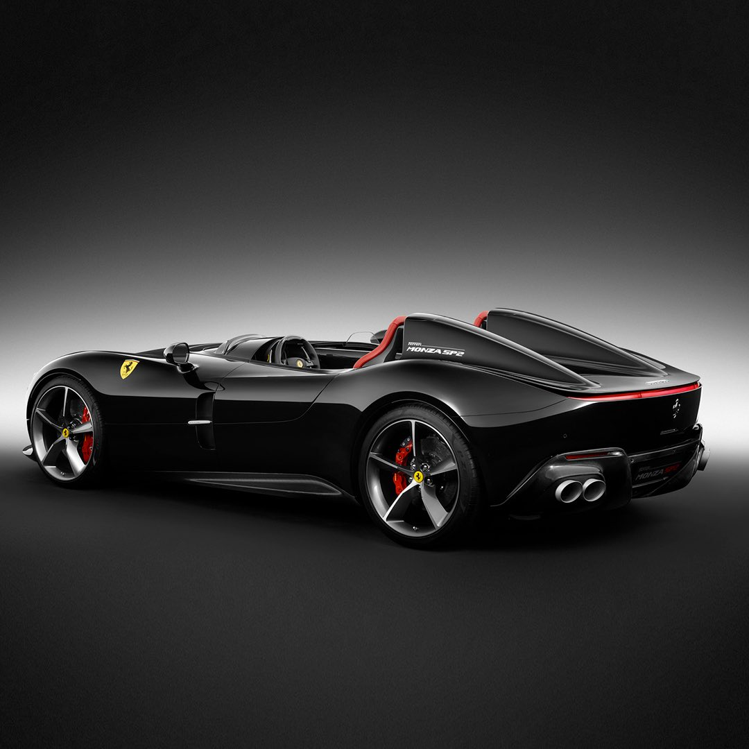 Ferrari North Europe On Twitter Black Fibre S Masters Agility Speed And Sinuous Style Carbon Fibre Is At The Heart Of Some Of The Most Avant Garde Ferrari Models Incredible Chassis Technology The Light Weight Material