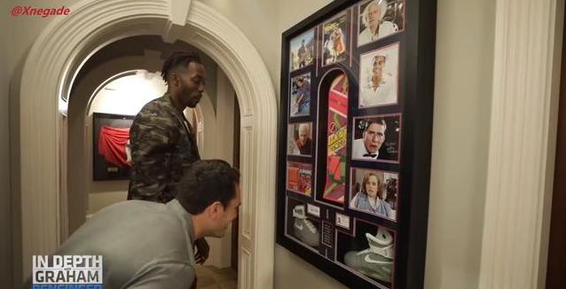 魔獸住880萬別墅太奢華!開紫色勞斯萊斯致敬薩諾斯,養十幾條毒蛇當寵物!(影)-黑特籃球-NBA新聞影音圖片分享社區