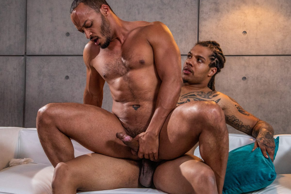 Kyros Christian And Dillon Samuels Blow And Railing Deeply
