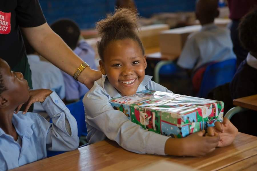 Calling everyone in PRETORIA! We still need volunteers in your area. TAG your friends, TAG your family, TAG your colleagues! Being a part of the Santa Shoebox family only takes a couple of hours of your time a month. You can register here: https://t.co/nSEdRb60ry https://t.co/E1JsfG6yVW
