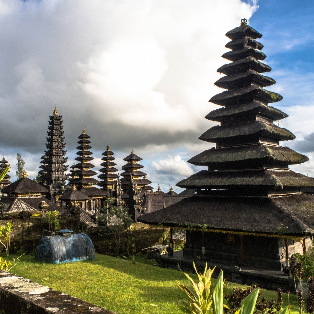 #Bali - first #Asian country which I've visited  Pura Besakih  #Asia #Indonesia #Indonezja #VisitBali #VisitIndonesia @WBali @Balistarisland @indtravelpic.twitter.com/GTqI81zfOa