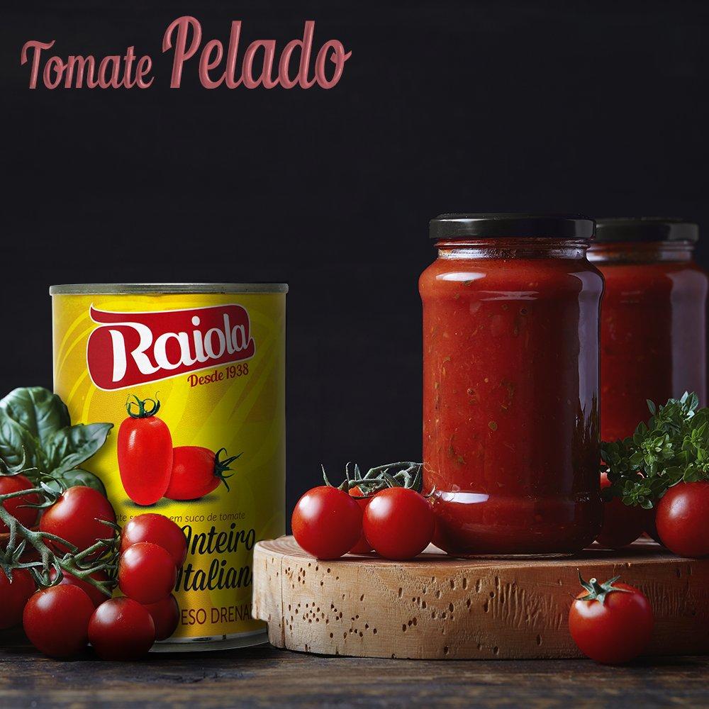 Produzido na #Itália, o TOMATE PELADO RAIOLA é #saboroso e levemente adocicado devido ao #clima e solo no qual é cultivado. Os frutos são firmes, possuem cor vermelho intensa e são cobertos com o próprio #suco do tomate. Ideal para o preparo dos mais diversos tipos de molhos.pic.twitter.com/6PdnWMWle4
