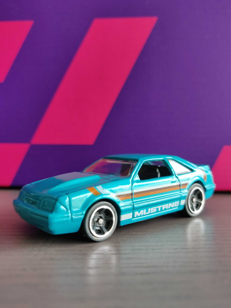 Start of the week, time to get creative. Draw a car, build one out of Lego, toilet rolls, wooden sticks, crochet it - anything goes. Reply to this post with a picture and Ill DM out a few codes tomorrow. I cant draw, so enjoy this 92 Ford Mustang instead. #StayandPlay