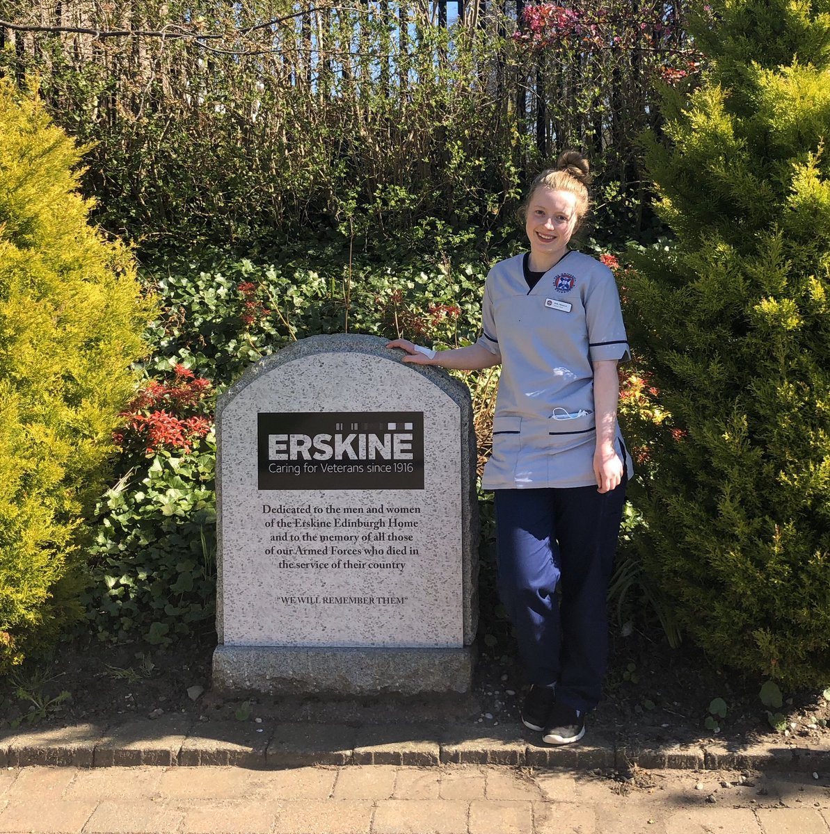 Today we welcomed Della McKenzie 2nd year Student Nurse @EdinburghUni who will be working with us for the next 6 months 👏 😃 @dtbarron @Pollybird1 @IanCMBE @siobhanhamil25
