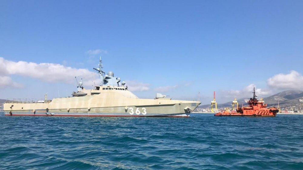 Project 22160 Bykov-class patrol ship - Page 22 EWDvr3OXkAIw6Gf?format=jpg&name=medium