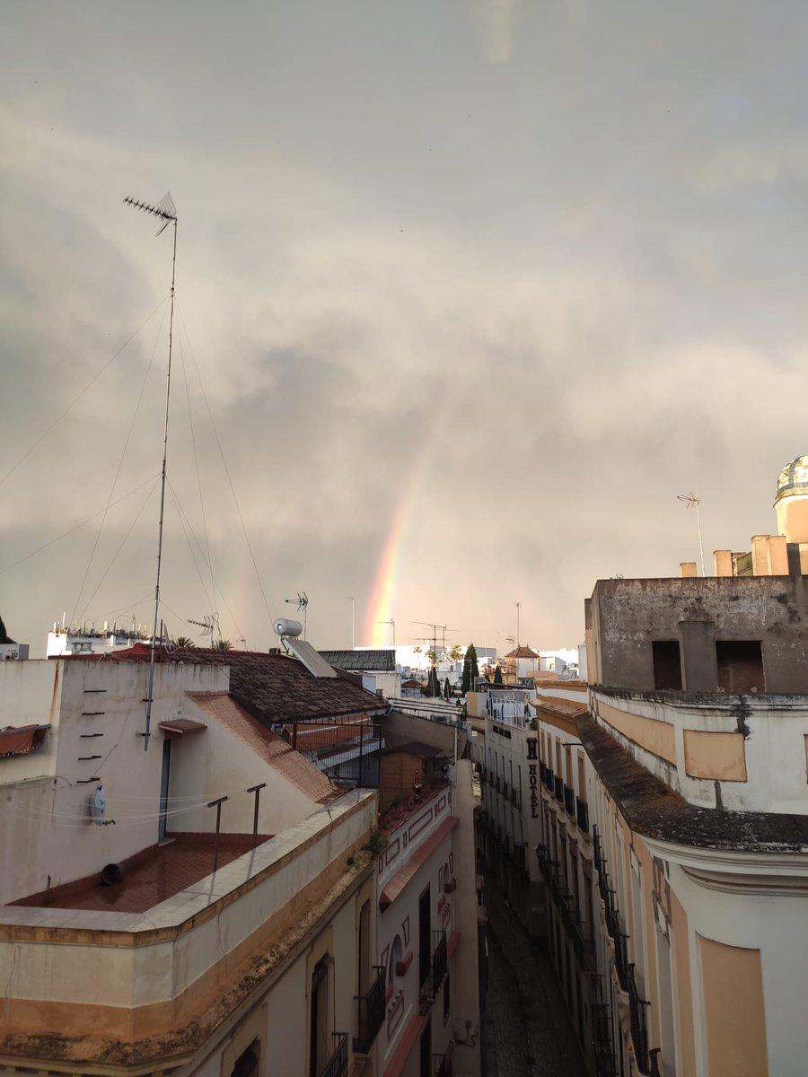 """Ante A Persiana emergencias 112 on twitter: """"con este arco iris 'cazado' por"""