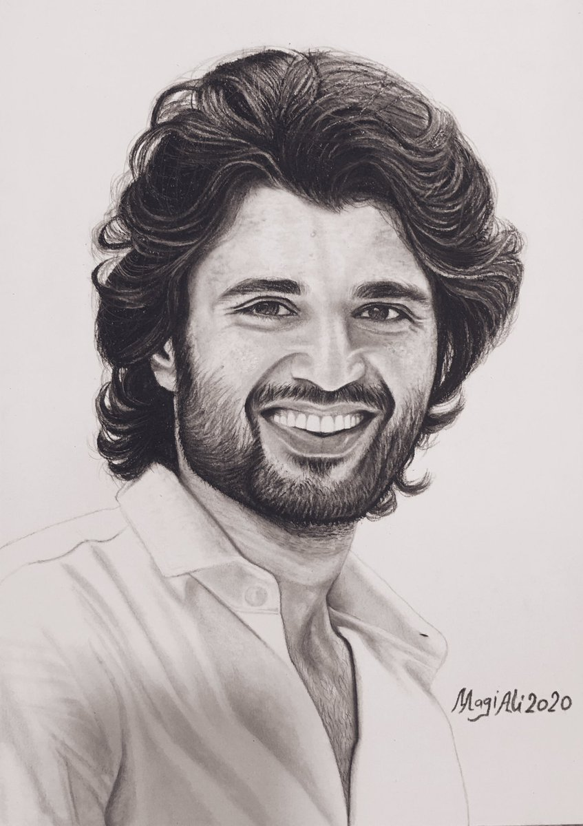 My Sketch is for a South Indian actor who is following a new trend with his unique style and became one of the most famous actors! @TheDeverakonda  #vijaydevarakonda #vijaydevarakondafc #vijaydevarakondafans #worldfamouslover #arjunreddy #southindianactor #teluguactorpic.twitter.com/9cRODIIrSJ