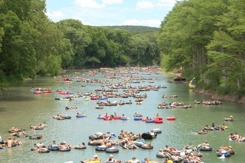 Retweet if you'd rather be floating the river right now https://t.co/11Y0Wnotmq