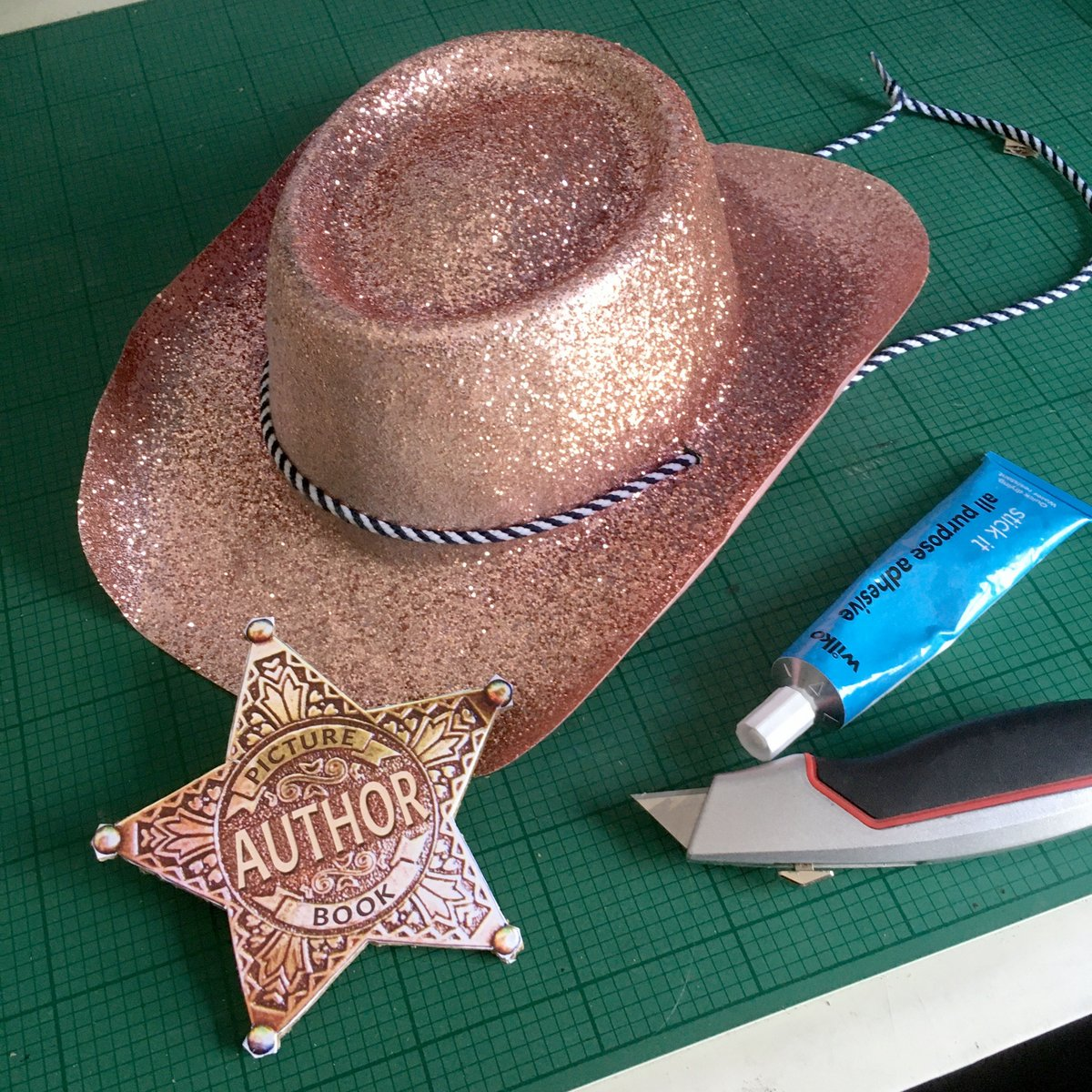 Doing a bit of prop making for a picture book sing-along I'm hoping to record this afternoon. @DebbieAllwright