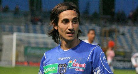 Parti rencontrer le joueur, j'ai découvert l'homme. À Bastia, Il y'a 7 ans, j'ai rencontré une personne entière, avec des valeurs nobles. Pas étonné de le voire honoré pour ses œuvres récemment par @UNFP .  @FethiHarek #UnJourUnJoueur https://t.co/AxgiMVjGc6