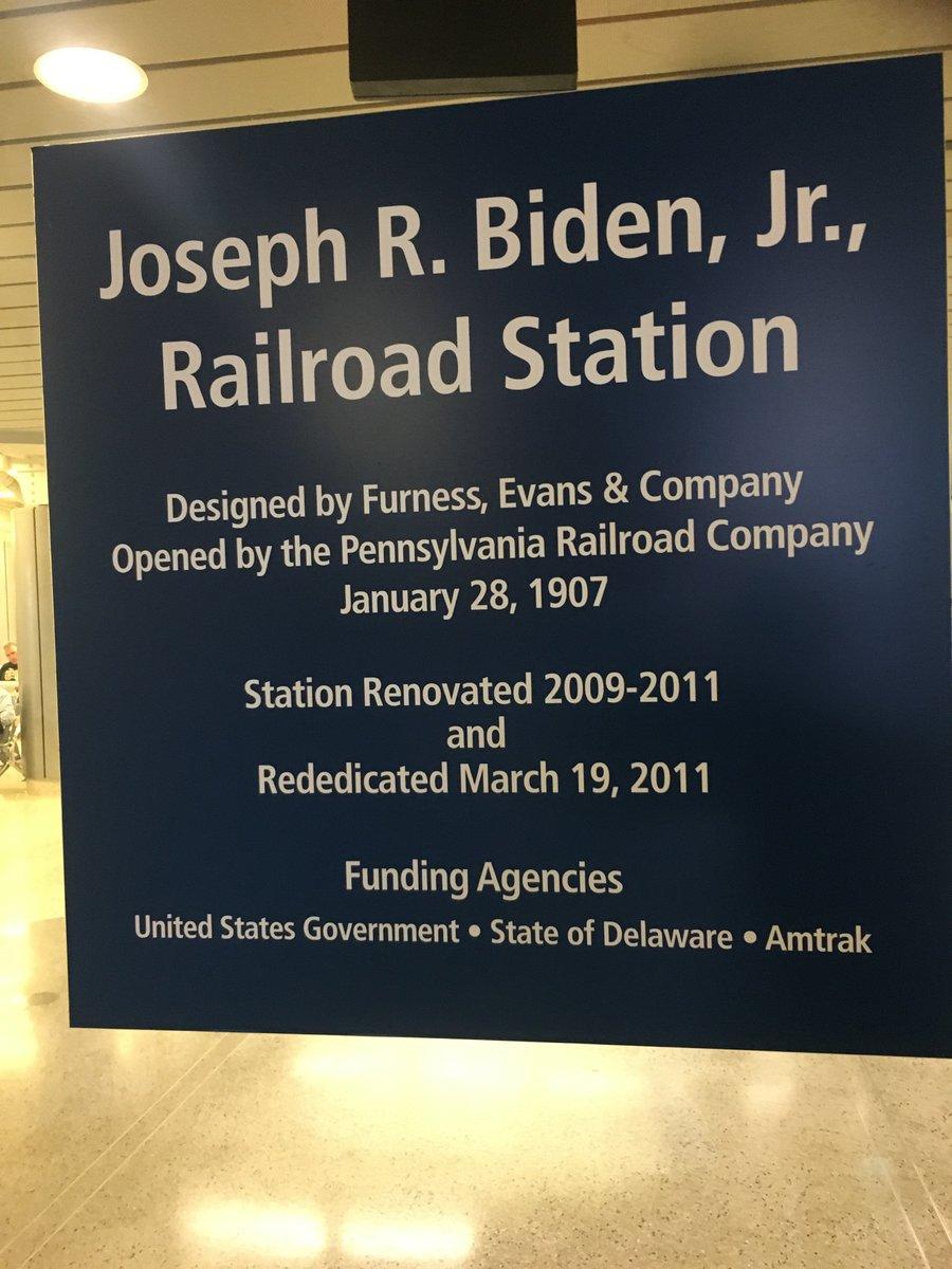 EWIOCy0WoAAqueJ?format=jpg&name=medium - Joe Biden the railroad President