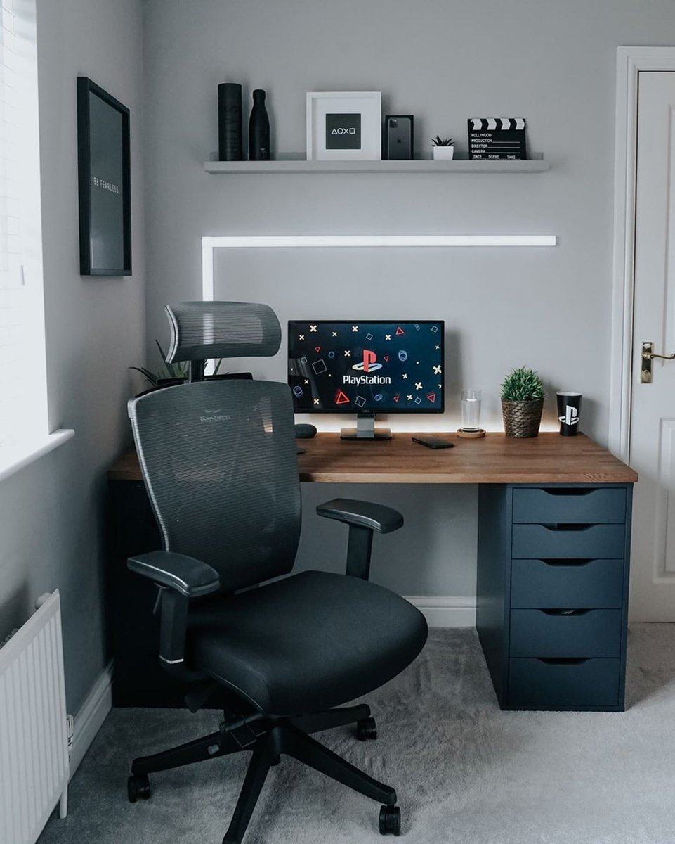 I hope inspire your workspace ideas! Follow me for more . The link for the purchase of some products shown in this image are available in my bio. . #minimalsetups #macsetup #dreamsetup #desktour #deskgoals #cleansetups #applesetup #appledesign #workspace #techsetuppic.twitter.com/MaCQnJp0L0