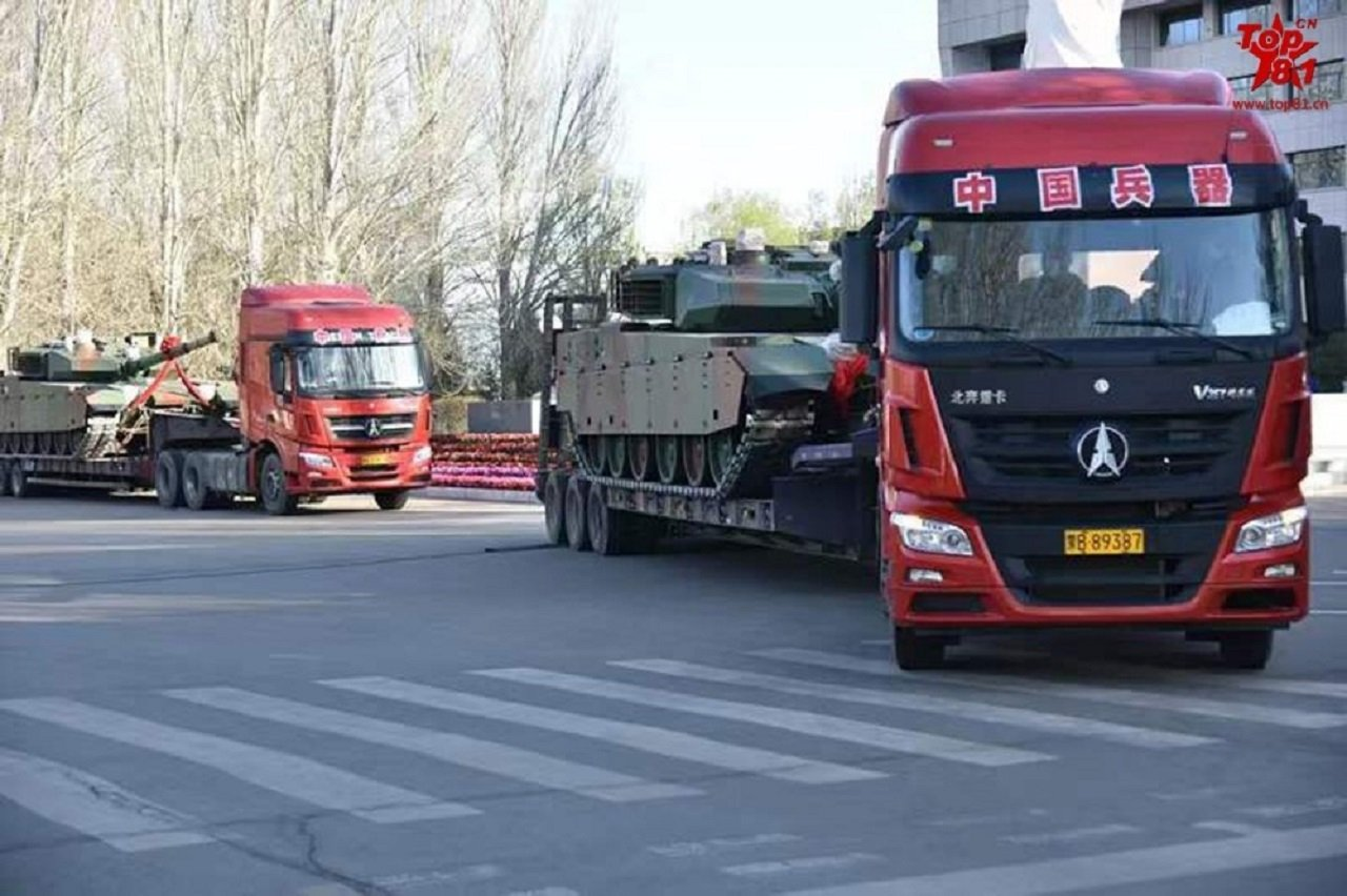 باكستان تختار شراء دبابات VT-4 الصينيه  EWIvdWOXYAgmrSs?format=jpg&name=large
