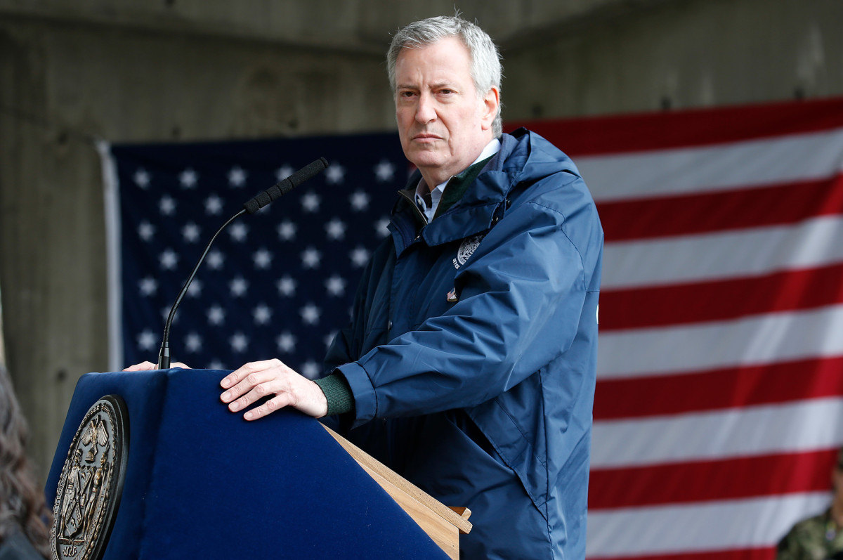 "New York Post on Twitter: ""De Blasio's social distancing tip line ..."