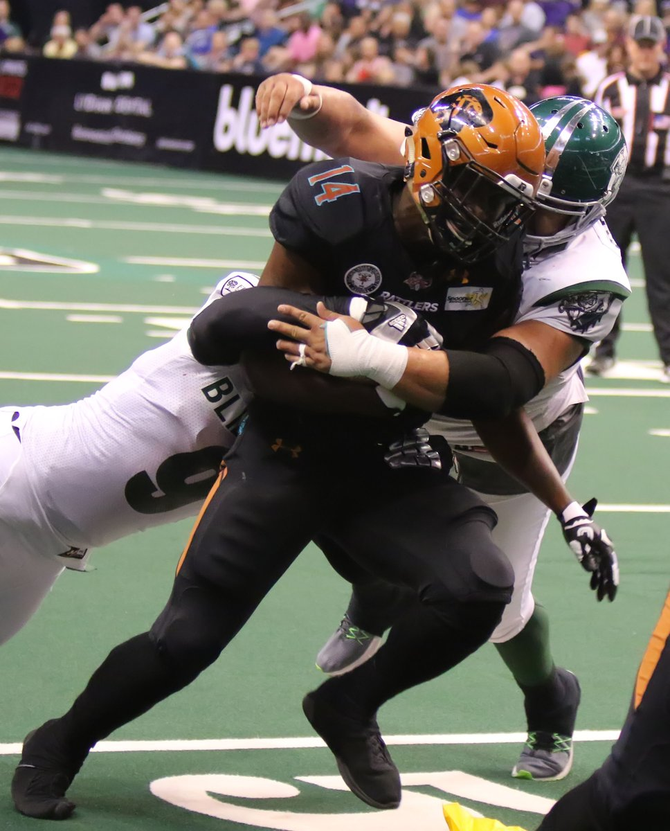 #OnThisDay in 2017: Rattlers RB Darrell Monroe set the team record in rush yards with 142 against the Green Bay Blizzard. https://t.co/W7AjccDZ0p