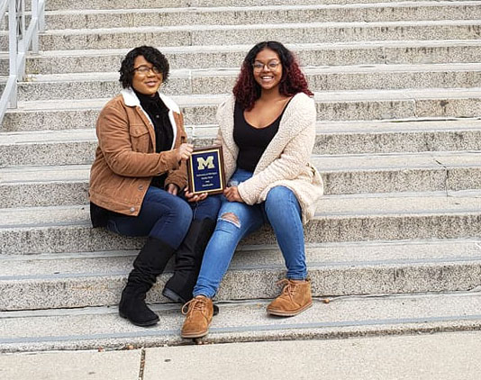 Congratulations to Cat Smith and Dailyn Davis! They were the first-ever debaters from Lindblom Math and Science Academy to qualify for the prestigious Tournament of Champions (virtually) this past weekend! #debate #TournamentOfChampions #CPS #studentsuccess<br>http://pic.twitter.com/ZPLAA25ONe