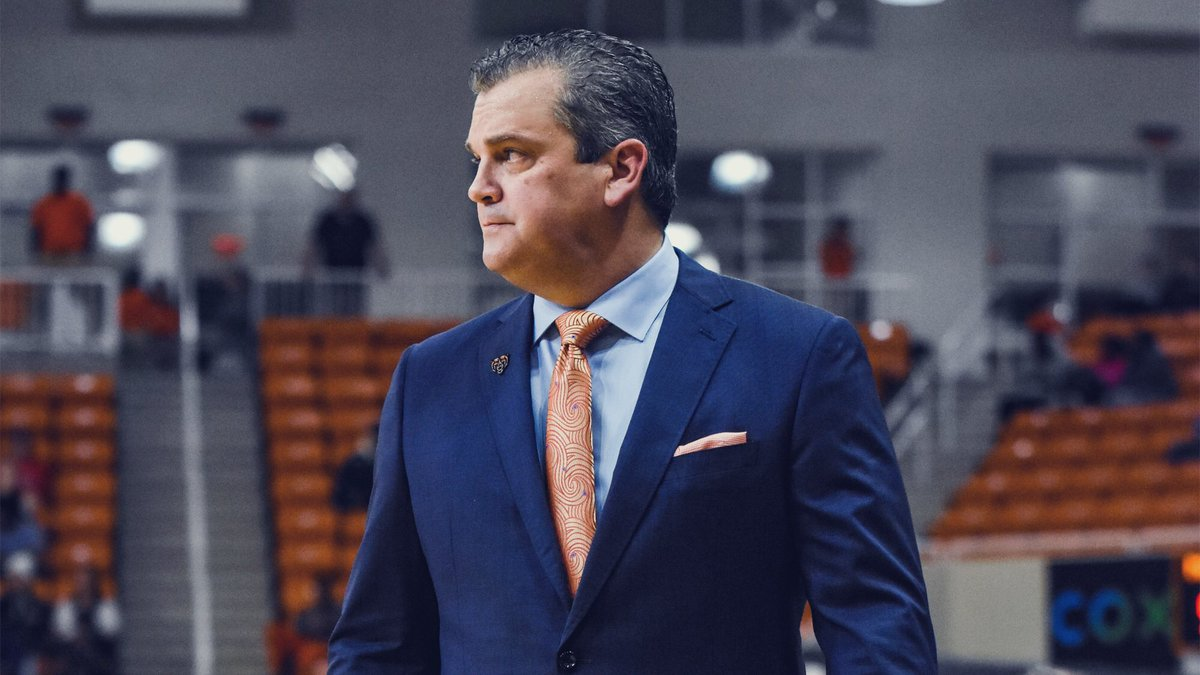 Mercer basketball chasing new memories to hang on the wall. My article on @MercerMBB after my conversation with @CoachGregGary Link here:➡️ https://t.co/OpaRjV4Yid https://t.co/f8UqZBSJZ4
