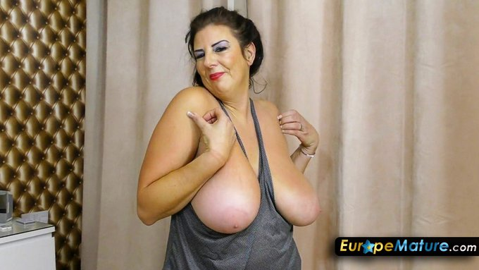 2 pic. Extremely huge and perfectly round boobs you'll have problems to take your eyes of? Yes we have