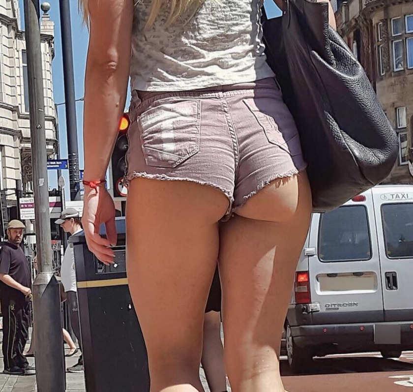 Various Average Girls Butt Cheeks