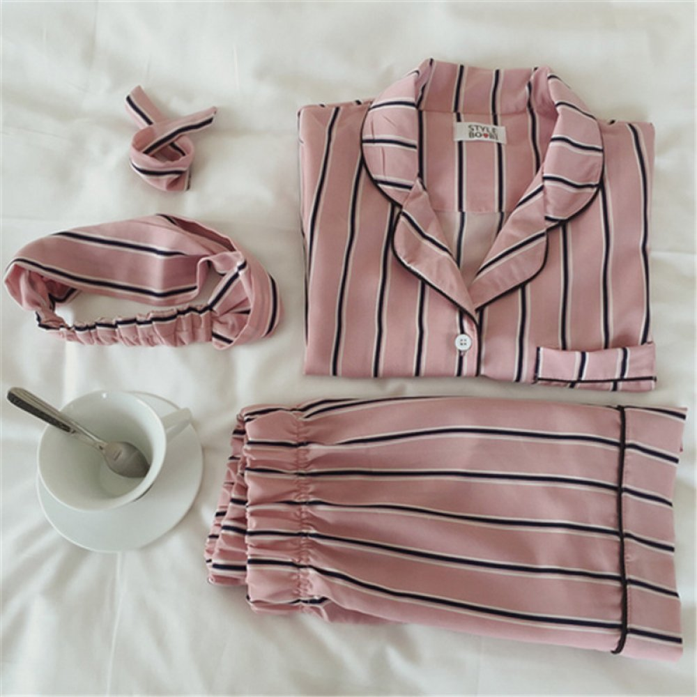 #lingeriedeluxo #modaintima Women's Striped Pajamas https://bodysuits.fashion/womens-striped-pajamas/…pic.twitter.com/b97cseB9Va