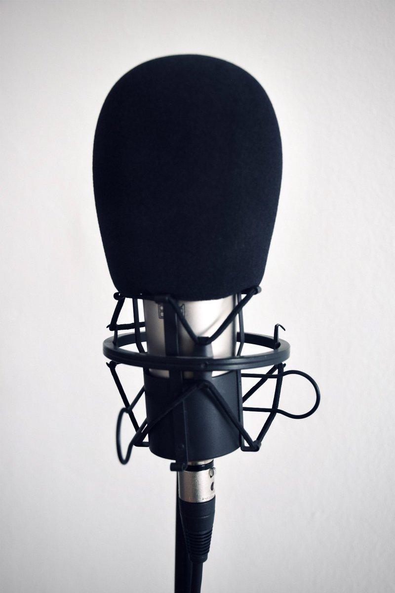 LUISTERTIP! Luister je a.s. donderdag om 11.30 ook naar Radio 794 Actueel? Dick ten Brinke, interim-bestuurder van Viattence, vertelt dan over hoe al onze collega's gezamenlijk de schouders eronder zetten om onze cliënten de allerbeste zorg te verlenen. https://t.co/VVEHTHq5wW