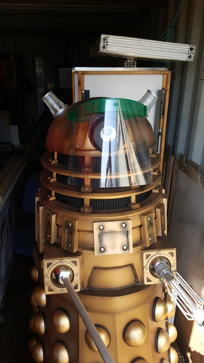 """Dalek says """"Stay at home, protect the NHS"""" https://t.co/h8blnR3hFj"""