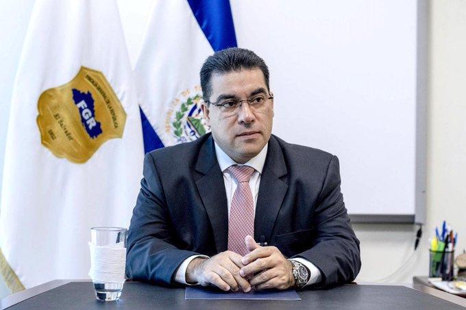 Fiscal General: Ningún municipio puede establecer toques de queda
