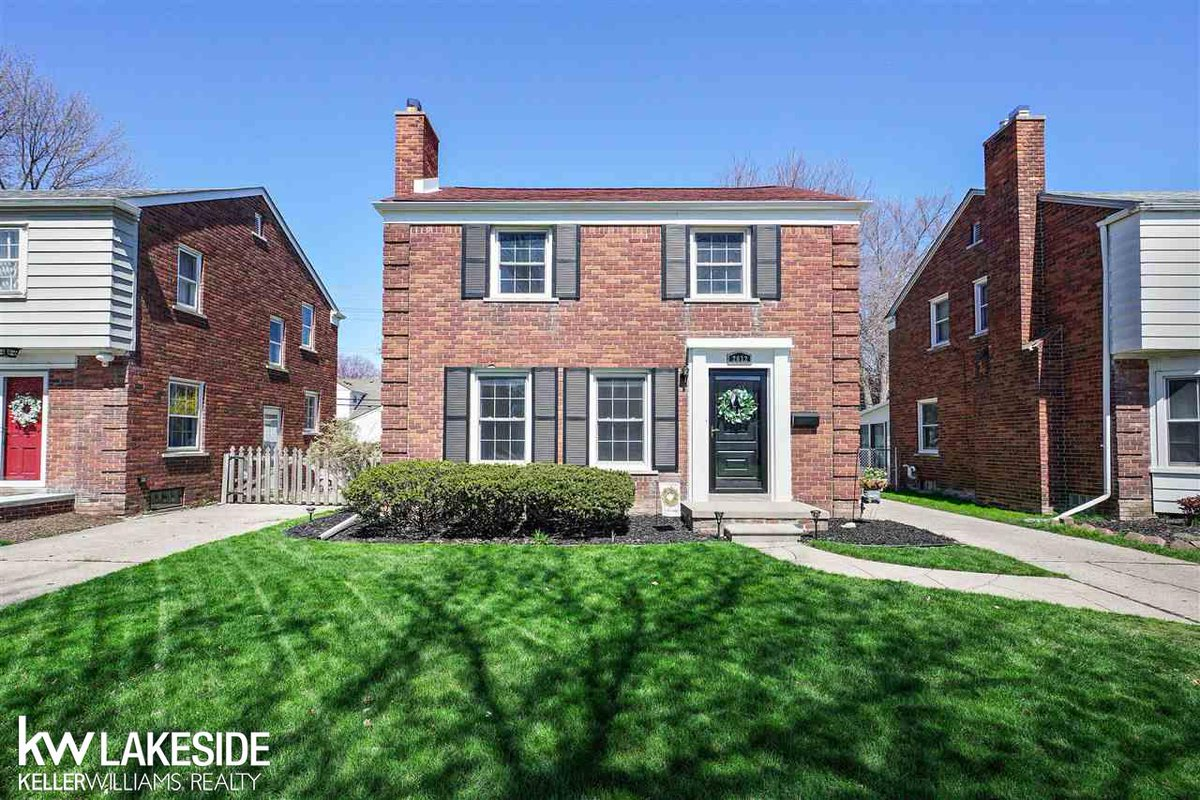 See a virtual tour of one of our newest #listings 2032 Van Antwerp St #GrossePointeWoods #MI  http://tour.corelistingmachine.com/home/QXU8XSpic.twitter.com/01GFWsl48A