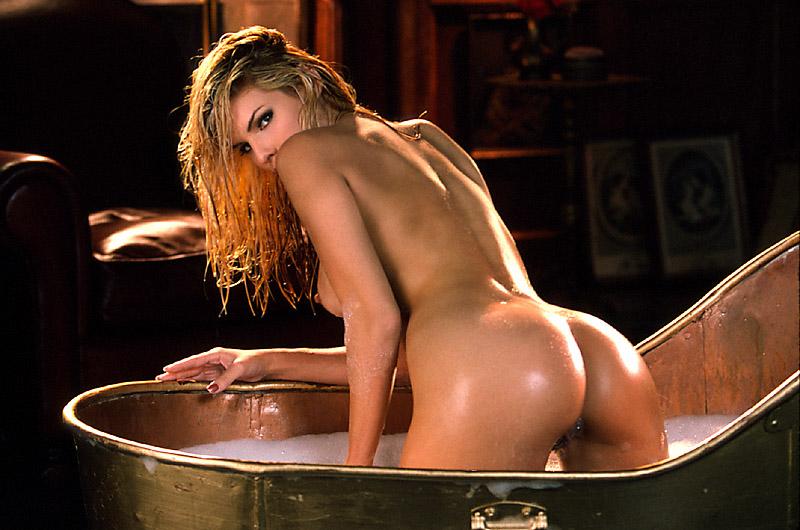 Oscar winner holly hunter nude in the piano gif