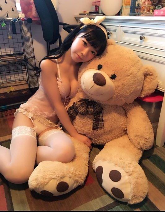 グラビアアイドル長澤茉里奈のTwitter自撮りエロ画像17
