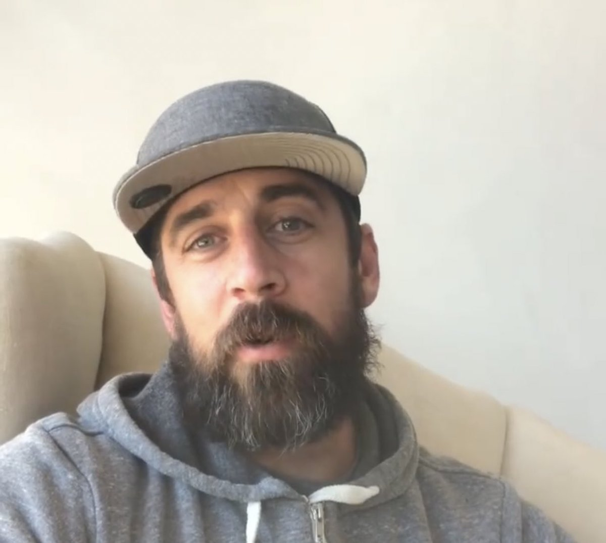 Lily Zhao On Twitter Who Here Wants To See How Long Aaron Rodgers Quarantine Beard Will Grow