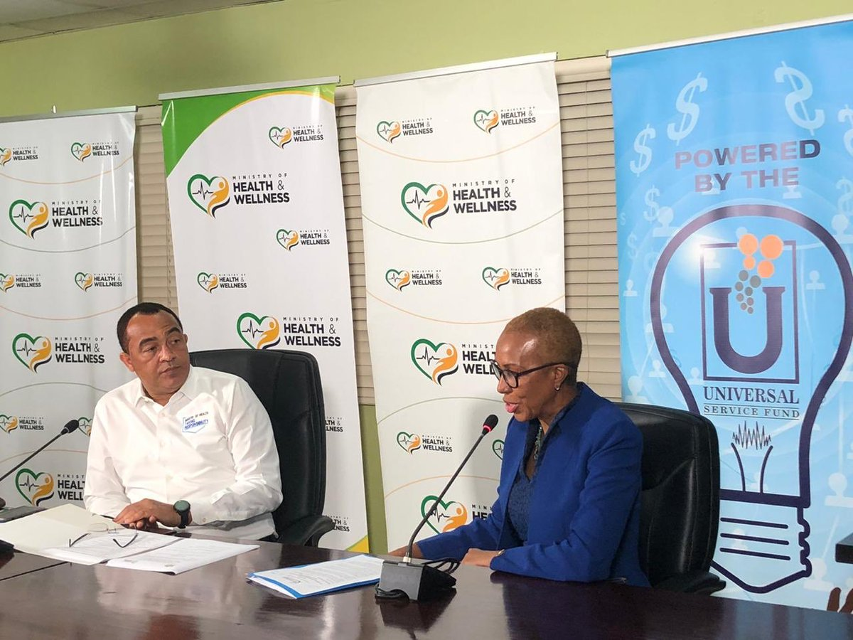 17.5mil donation from USF to updated the bandwidth of a number of medical centers across the island.   @fayvalwilliams https://t.co/6bbHGRq1Cn
