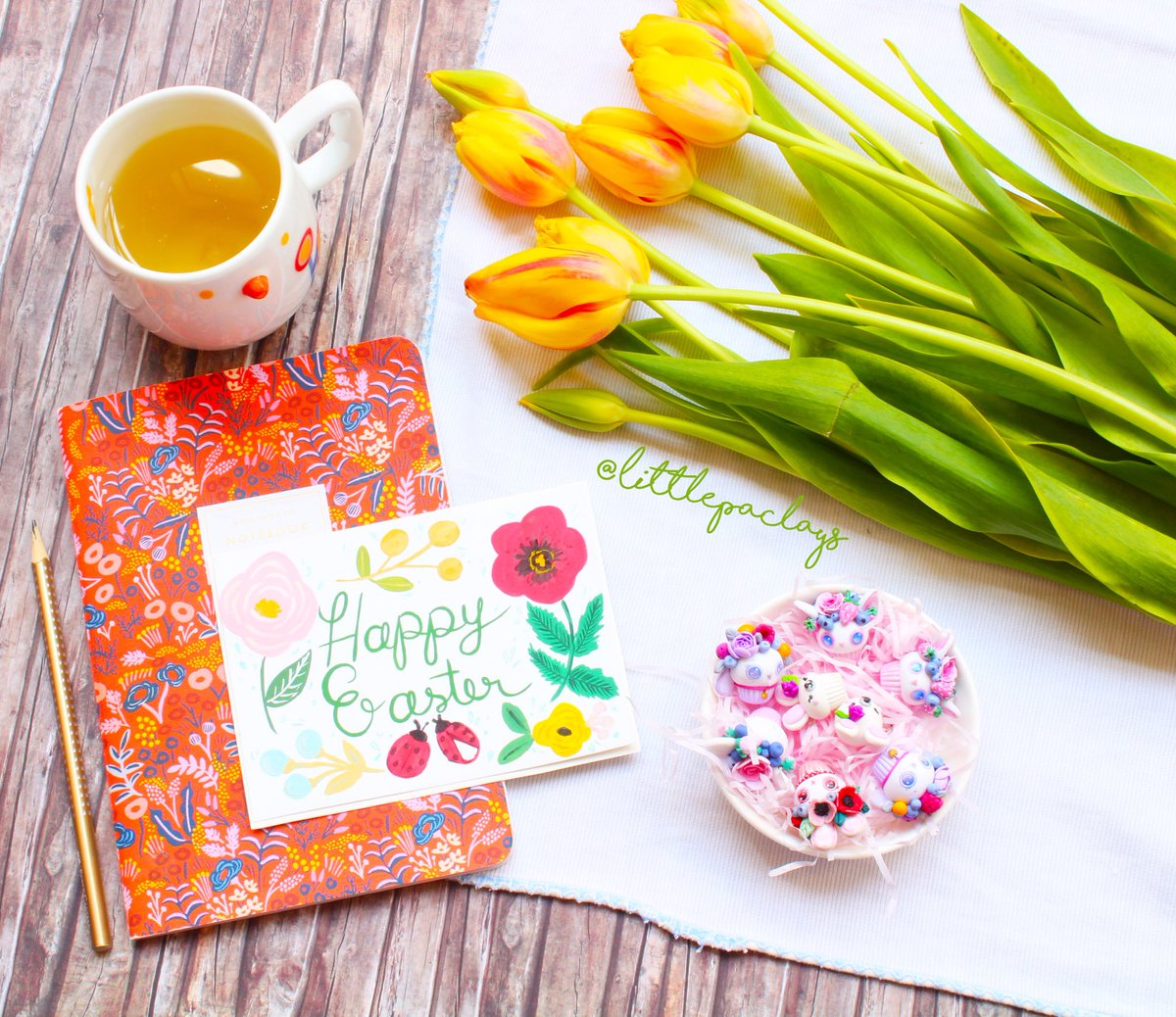 Littlepaclays On Twitter Happy Easter Everyone Hope You Are All Having A Wonderful Weekend Easter Happy Polymerclay Happyweekend Illustration Tulips Greetingcards Love Flowerart Art Photo Photoshoo Garden Lettering Workshop Watercolor