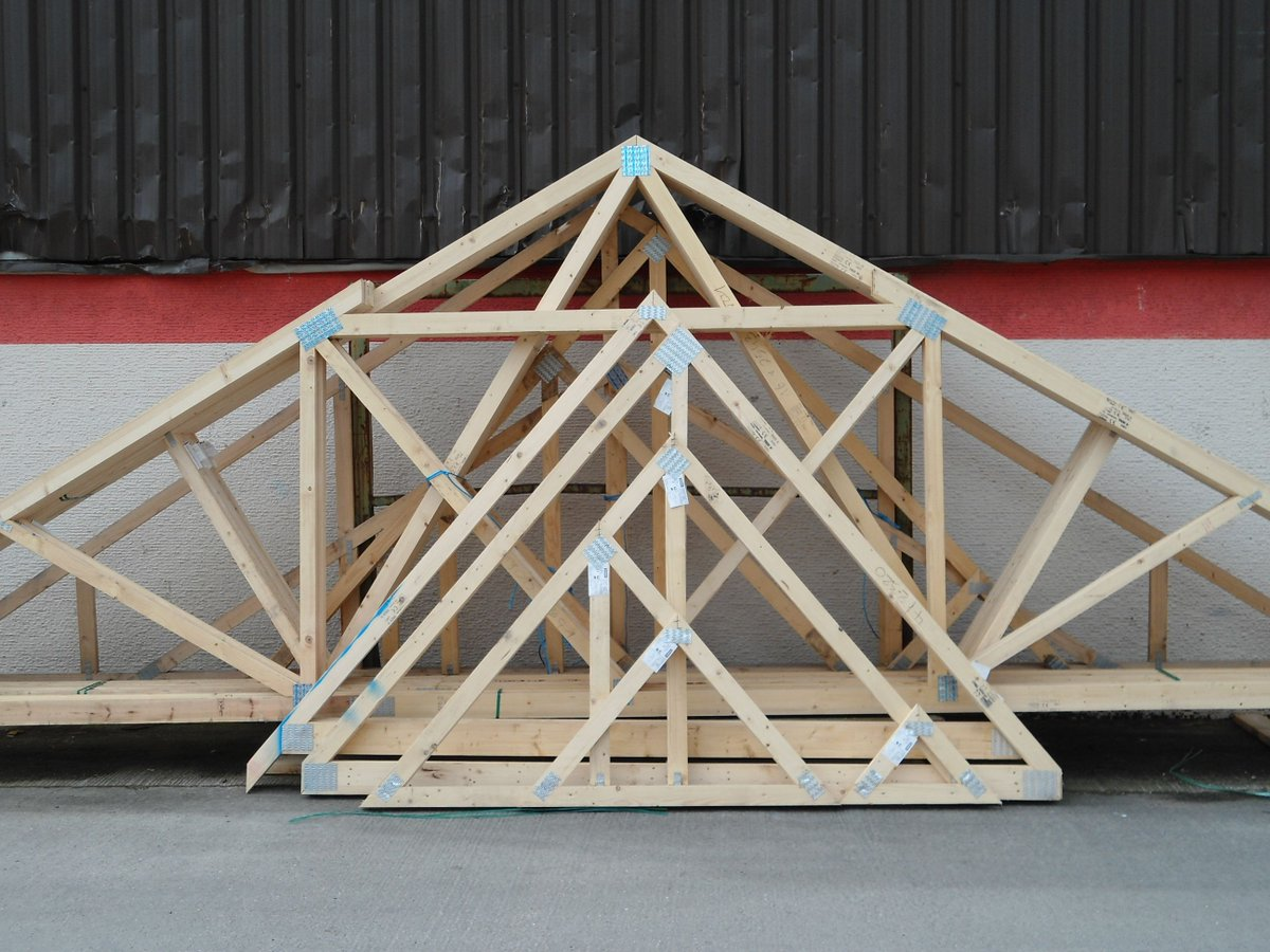 Wondering how long you can store #roof #trusses and #joists on site for?  Take a look at this blog post from @Pasquill_UK: https://t.co/kWGbCps4Cx https://t.co/Bxnqq562qT