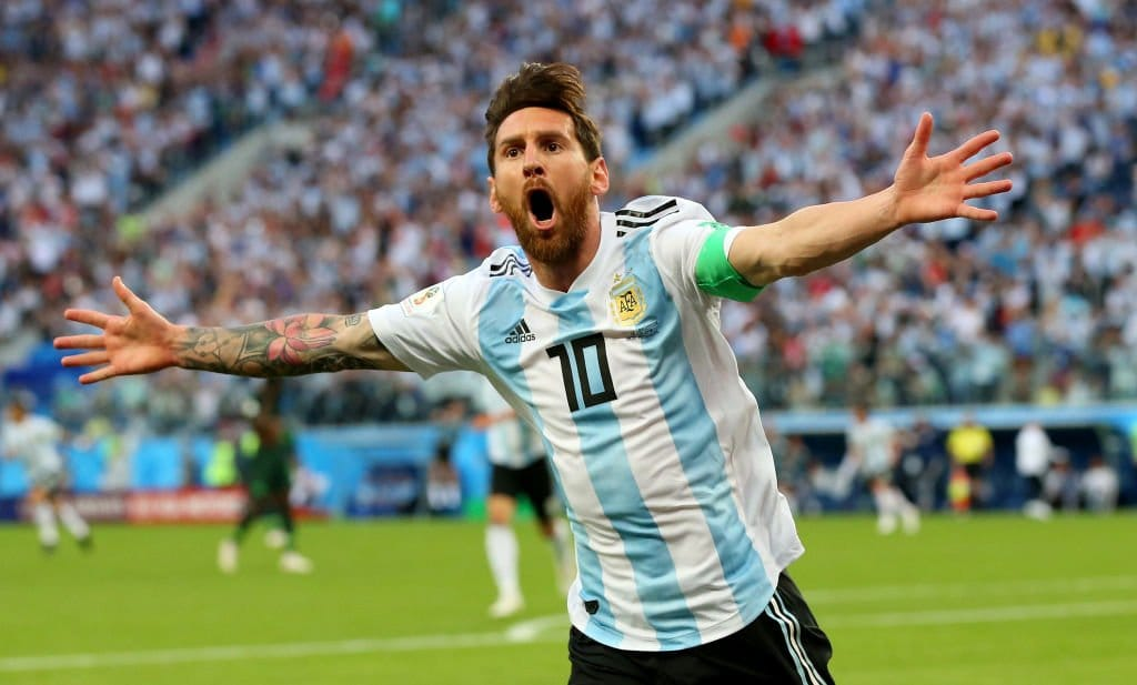 """Dr. Donato Villani (Argentine Football Association chief doctor):  """"There is a lot of Messi left."""" <br>http://pic.twitter.com/IhFSrWkrMH"""