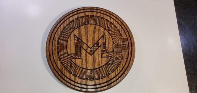 I am going to be getting some pretty cool stuff from @CnEsigns that I will be giving away to twitter followers & https://t.co/qYfZPxrIJI Members‼️   Stay Tuned $XMR $ZEC $ETH $ETC $BTC enthusiasts 🥳  12 inch Round #Crypto Coins 👀 https://t.co/wshmkrDBRE