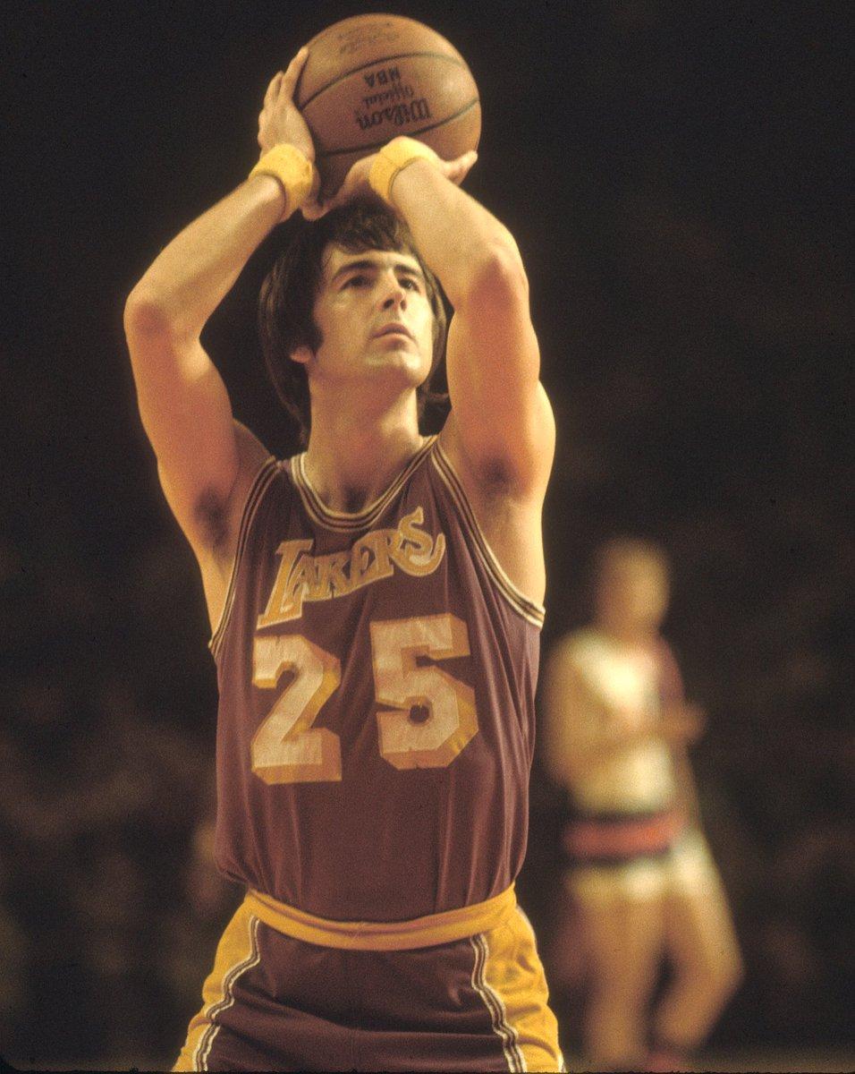 "Basketball HOF on Twitter: ""RT to wish #HOFer Gail Goodrich a Happy Birthday. 🎈 #HOFBDays 📸: Via Getty Images… """