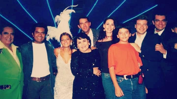 #tbt🔙📸 #2004 #aventurera @CarmenSalinasLo @ItatiC @lalosantamarina @salinasjorgemx @mcarballido10 #ernestogomezcruz https://t.co/VWkqyfYVLR