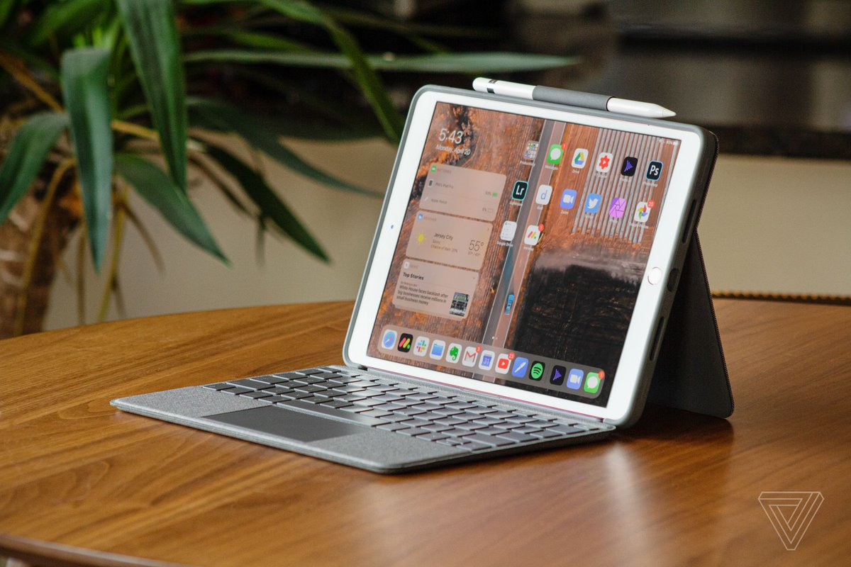 Logitech's Combo Touch is the Magic Keyboard for everyone else