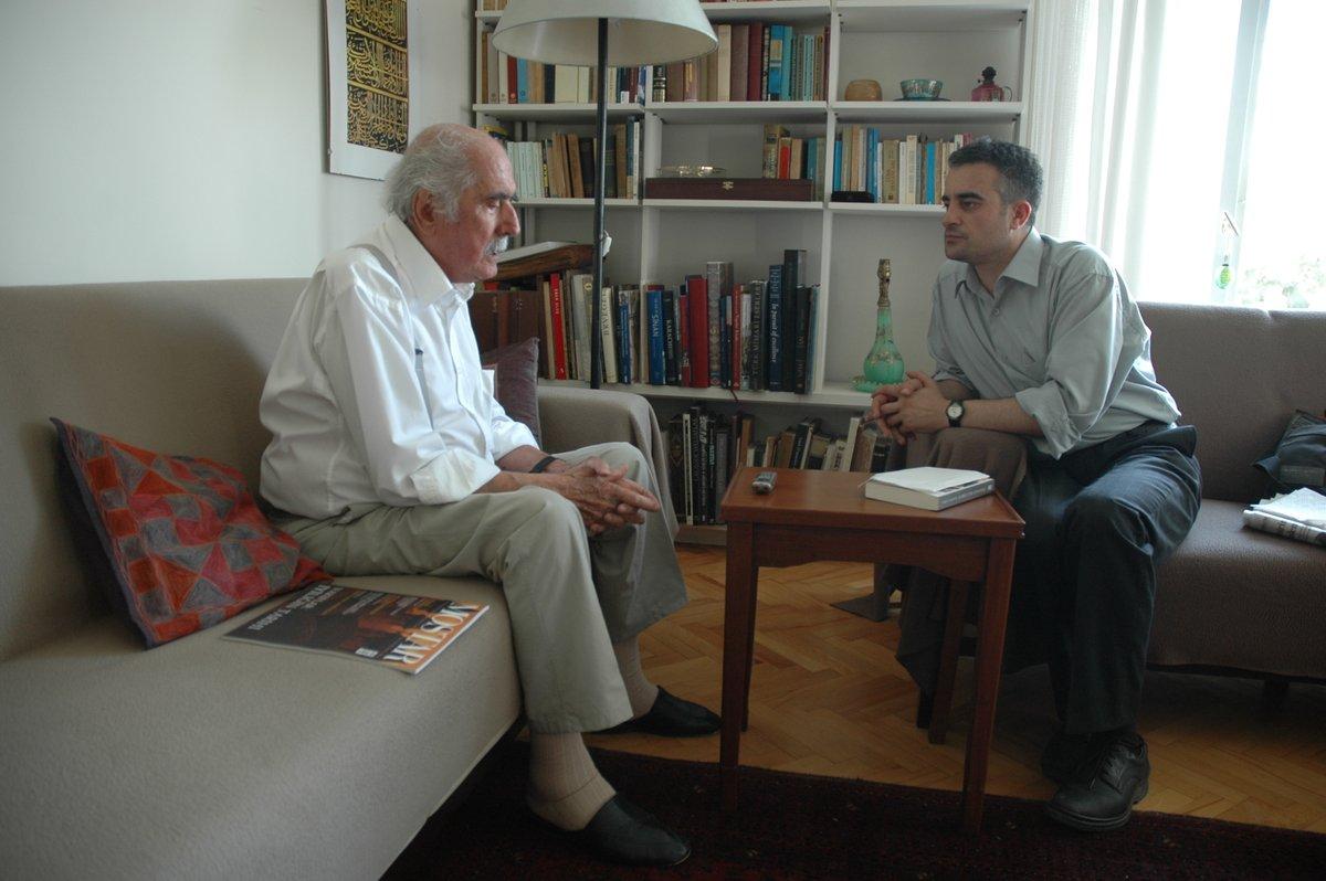 2007 yılı. Turgut Cansever'le evinde söyleşi yapıyoruz. Tesirli bir gün. Rahmetle... https://t.co/EbTYtTfEhc