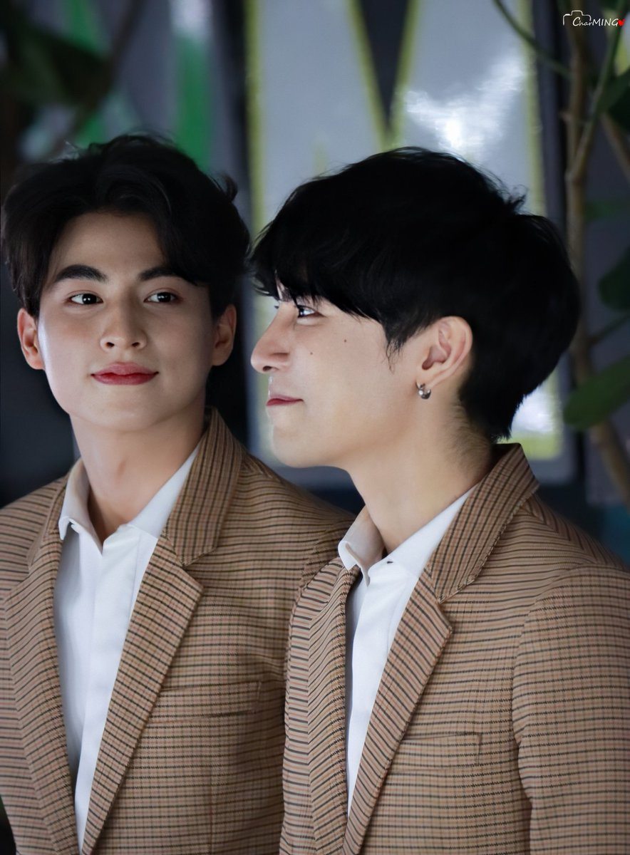 I just can't get over the Line Awards this is the look of love  #Mewgulf  #หวานใจมิวกลัฟ