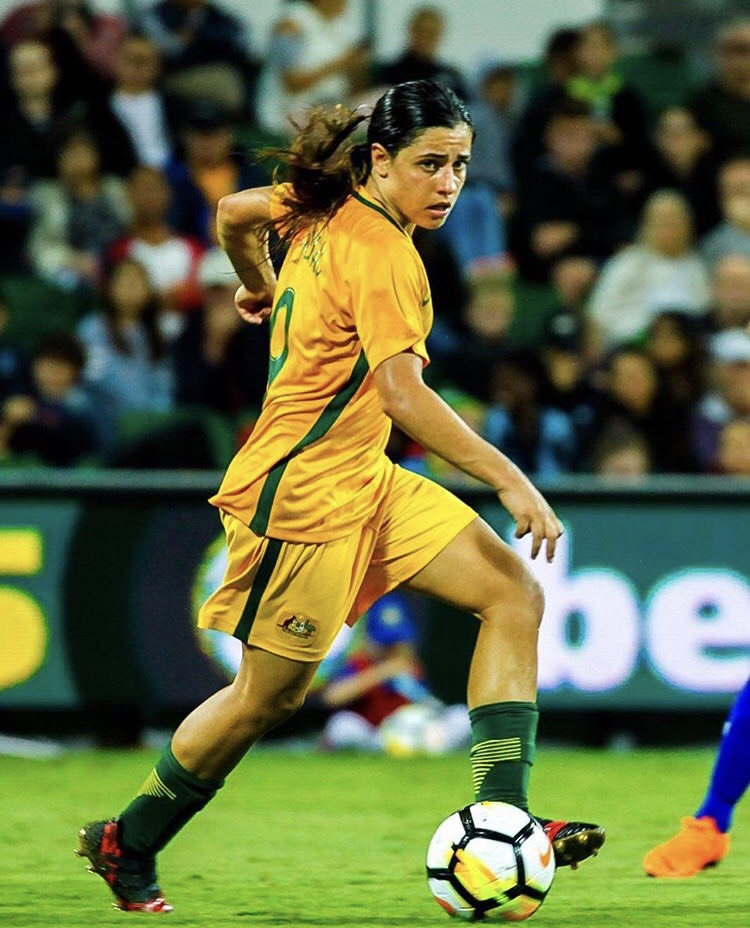NEW Welcoming Sports Living Room Sports session, run by Matildas star @Chidiac10 coming soon! We're seeking more sports & athletes! You can volunteer to run a session through @Craig_Foster's #PlayforLives initiative here: https://t.co/mXi7SGY4xG  Follow @welcomingaus for updates. https://t.co/GjX6Gwa207