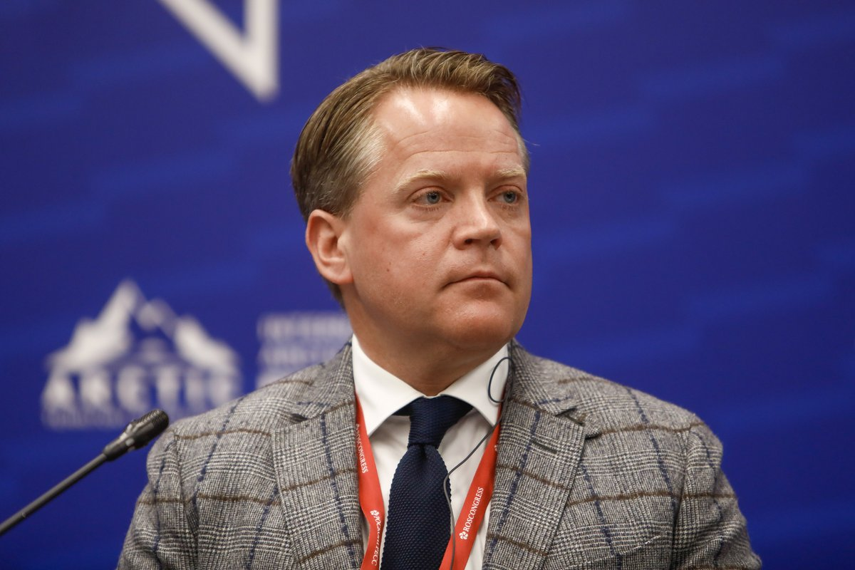 """ICYMI: #AEC Chair @HeidarGudjonss discusses #Arctic reliance on international business and effects of #Covid19 in a recent piece by @HighNorthNews  """"If globalization slows down, the impact is felt twice as hard in the Arctic"""" https://t.co/vDpxbzlIO1 https://t.co/zAa4iugiKN"""